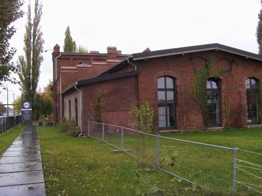 SPOT. w budynku starej elektrowni