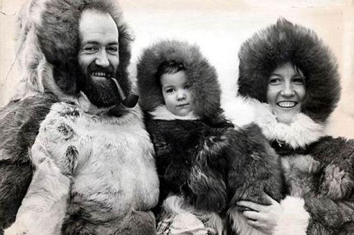 Kari Herbert z rodzicami