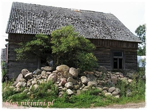 Drewniana chata nad Biebrzą