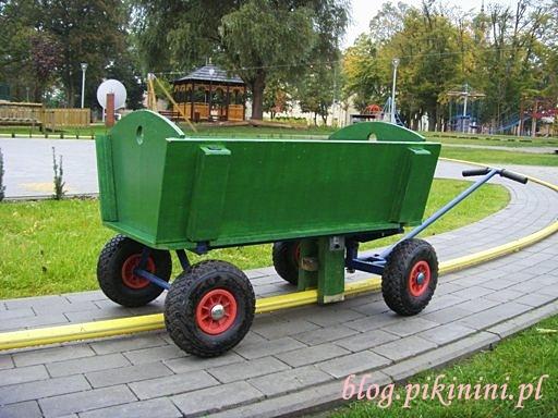 Wózek w Parku Orientacji Przestrzennej w Owińskach