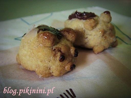 Ciasteczkowe świnki z profilu