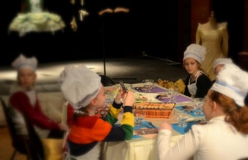 Dzieci u Kopciuszka