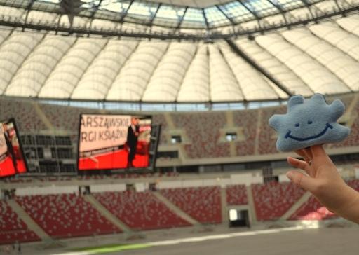 Pani Chmurka odwiedza stadion narodowy w Warszawie