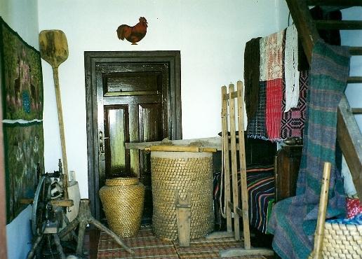 Wnętrze kurpiowskiej chaty