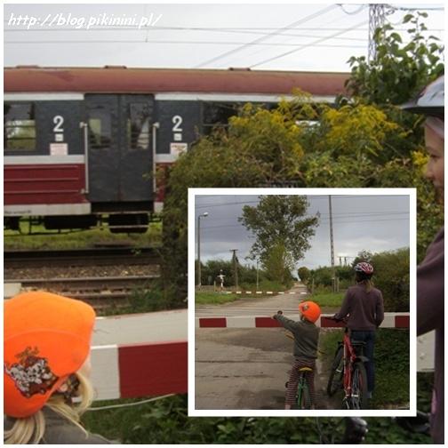 Przed szlabanem kolejowym